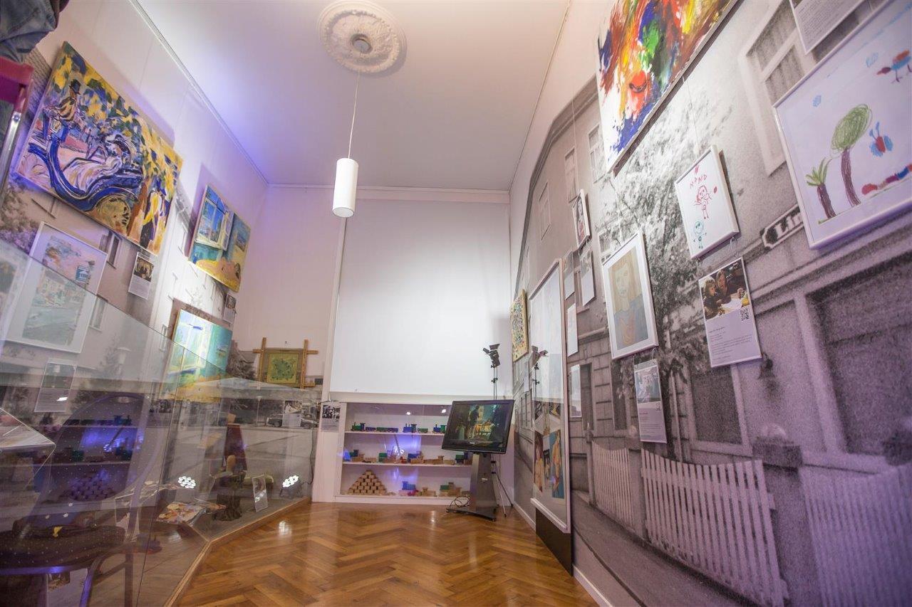 lindenstrassen zimmer museum wilhelmsbau. Black Bedroom Furniture Sets. Home Design Ideas